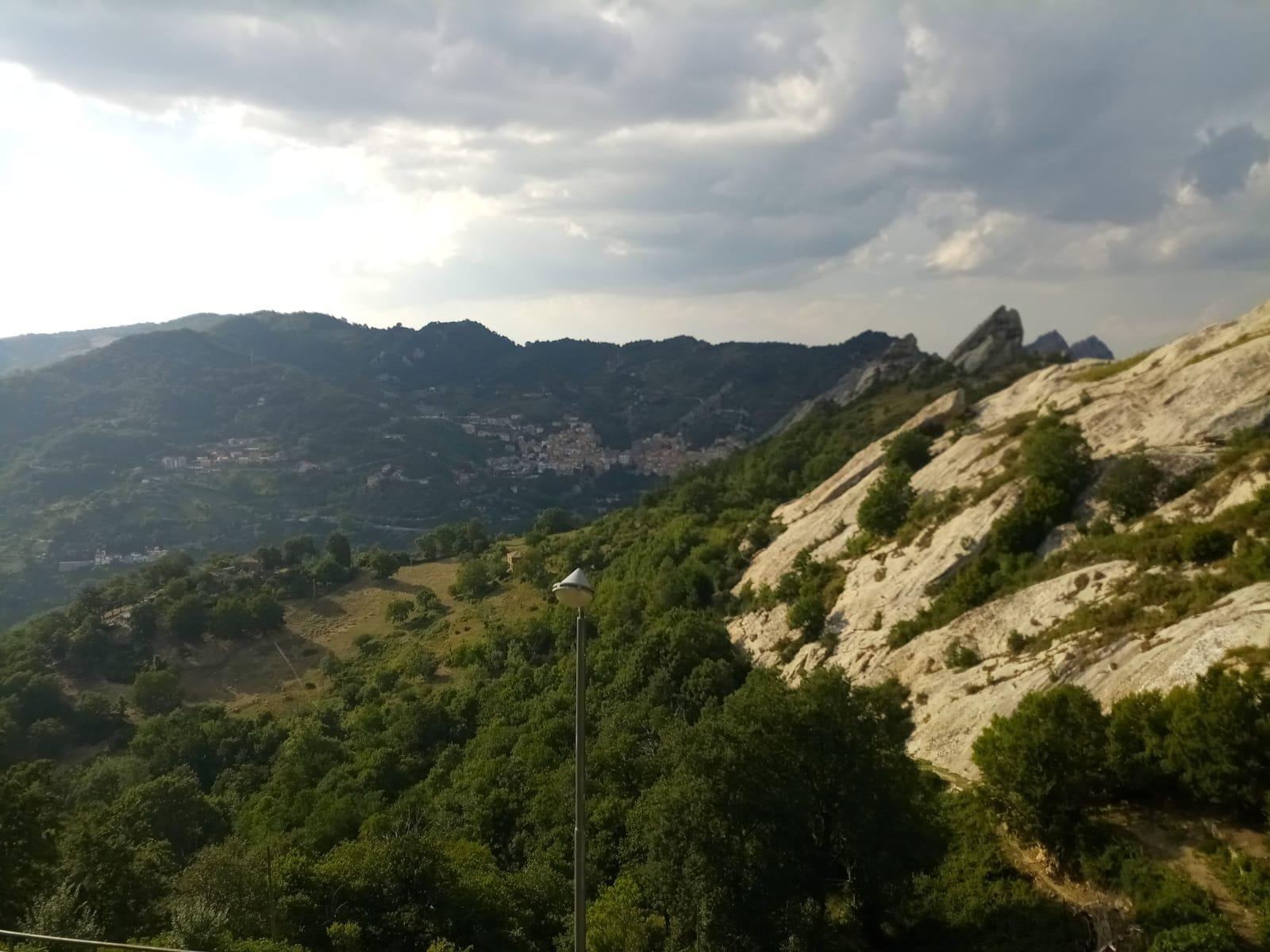 2db2339a-7eea-47a0-a6fe-d9bdc9346578 Le Dolomiti Lucane, il cuore della Basilicata.