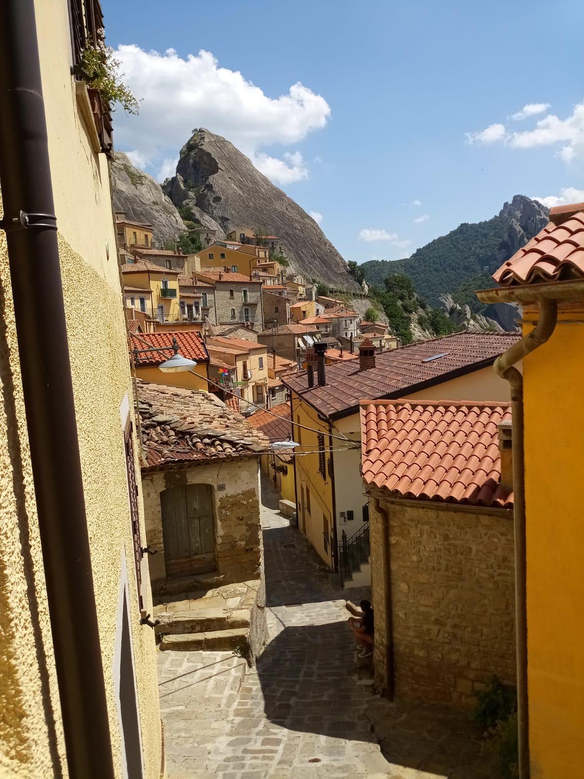 8ddb2841-20d6-45b3-b9f9-17be691d2e4c Le Dolomiti Lucane, il cuore della Basilicata.